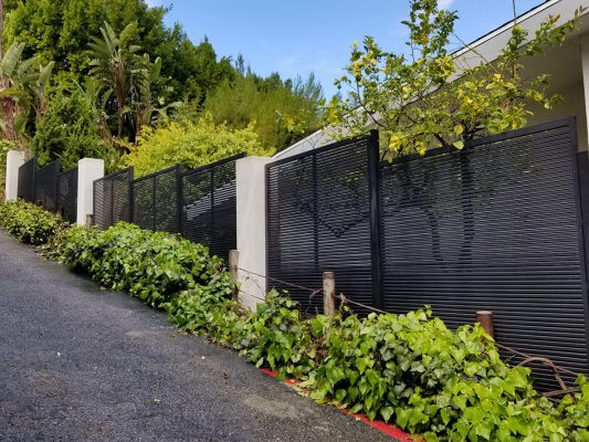Hi-tech aluminum hillside fence
