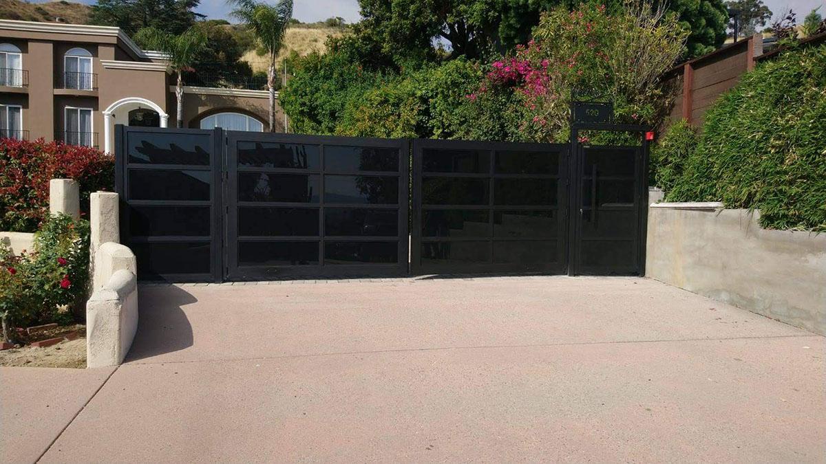 Aluminum Glass driveway gates