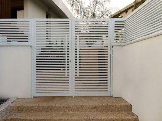 White specialty aluminum gate