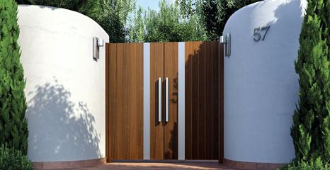 woodlike-aluminum-entry-gate-mulholland-brand